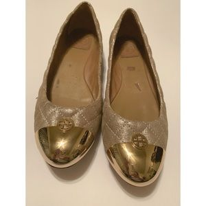 👠TORY BURCH Gold Quilted Ballerina Flats Gold